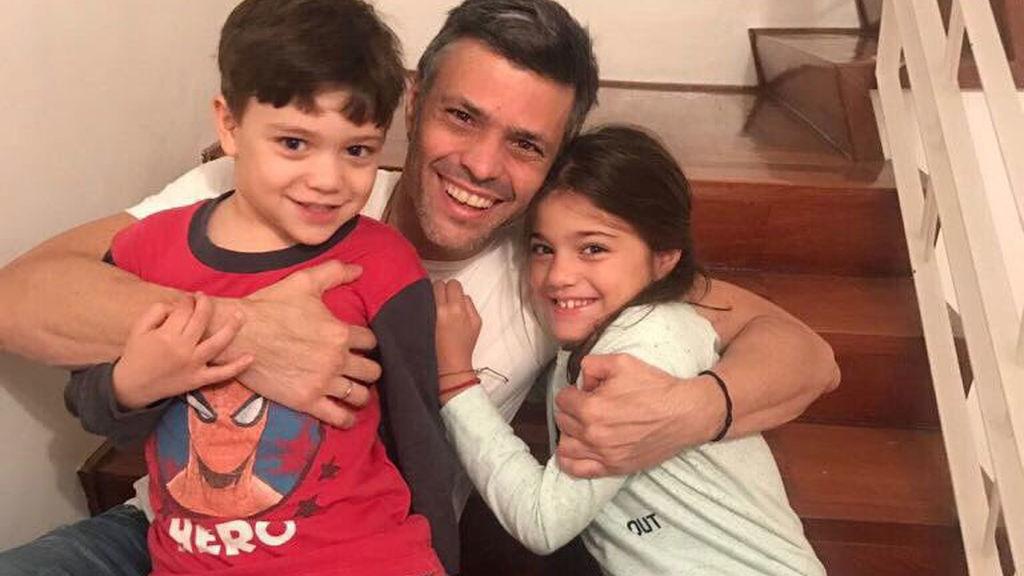 Leopoldo López, primera imagen con sus hijos